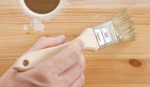 Krok III - Nakładamy lakier bezbarwny